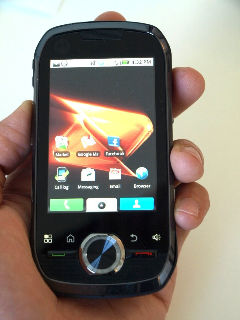 Image of the Motorola i1 Boost Mobile Android smartphone for prepaid customers