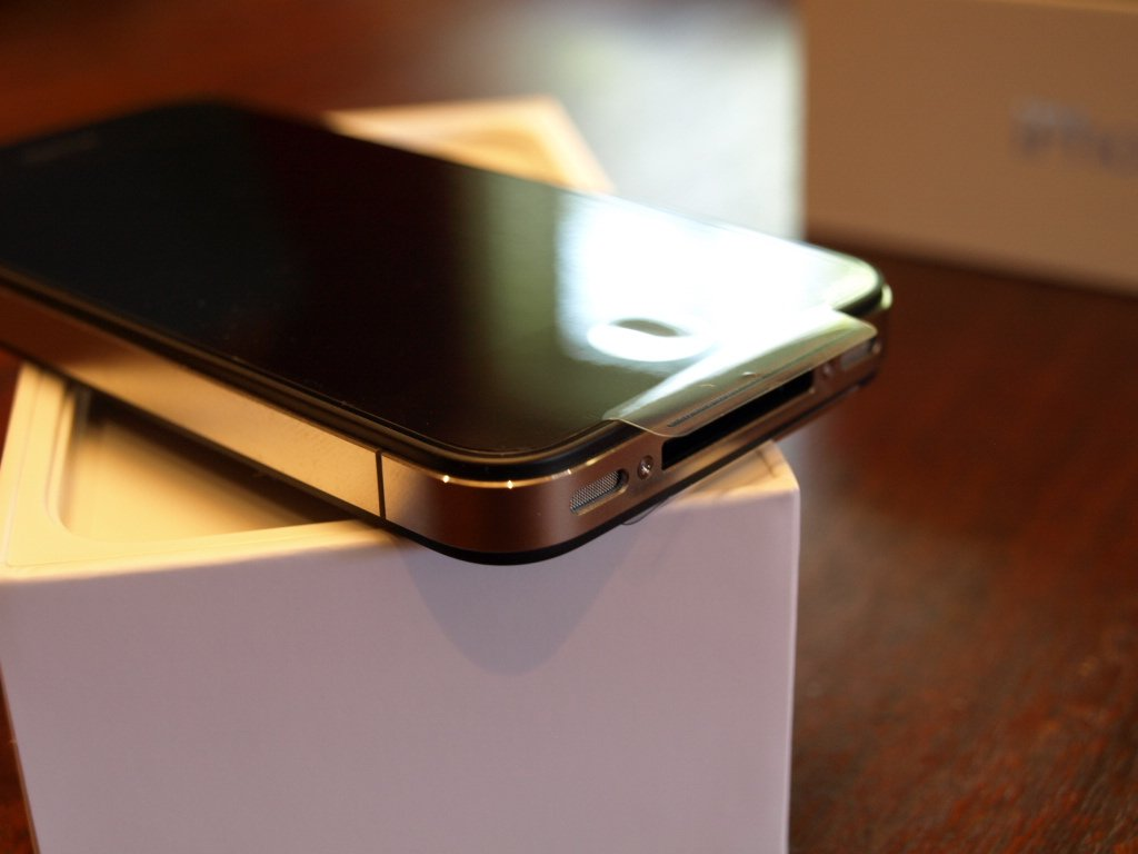 Remote computing with NFC may be on board in Apple iPhone 5