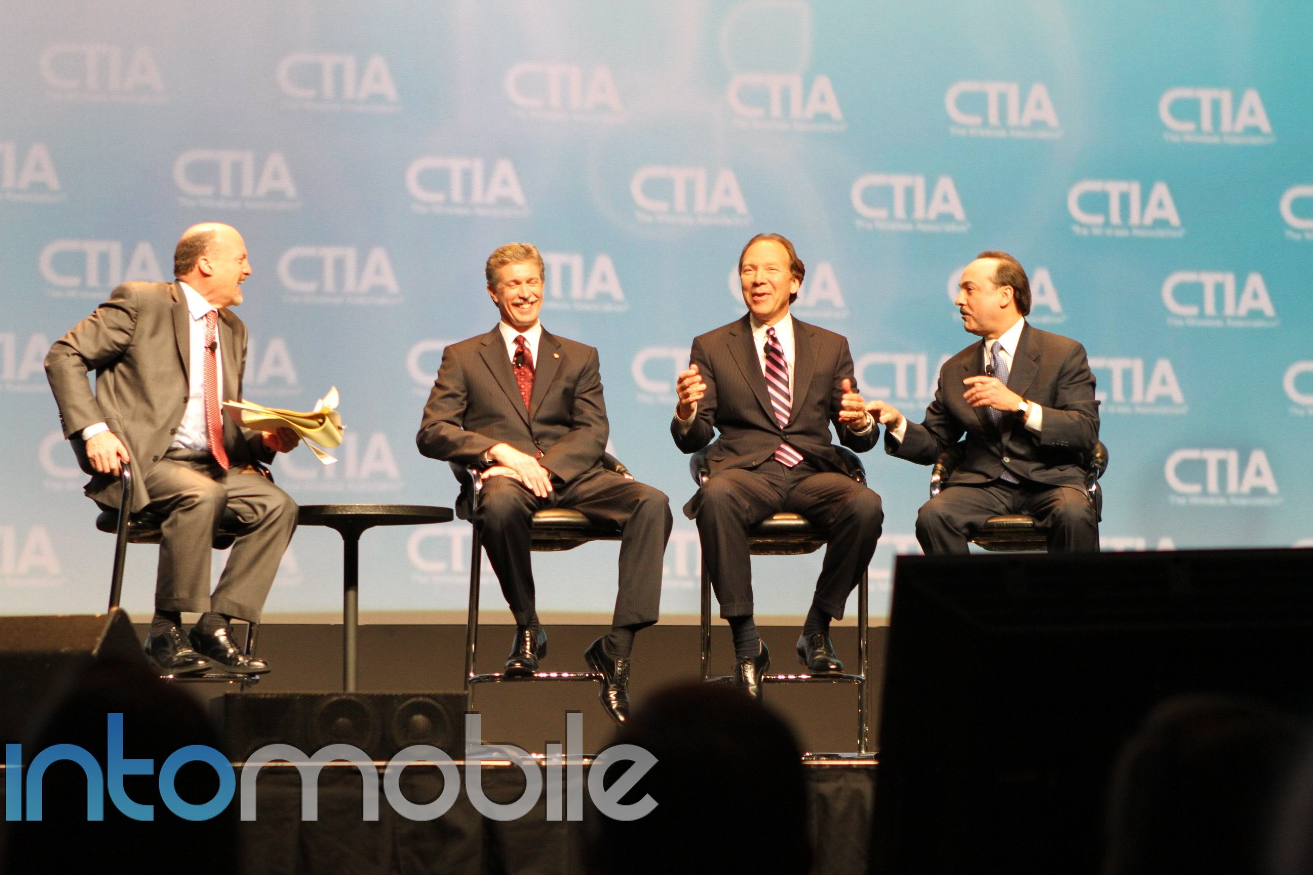 Sprint takes shots at AT&T 4G at CTIA