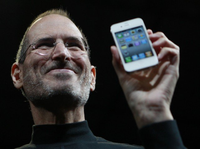 Amazon responds to app store lawsuit with Steve Jobs' words