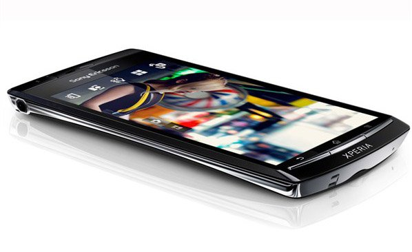 Sony Ericsson Xperia Arc HD with 720p screen and full HD video recording in works