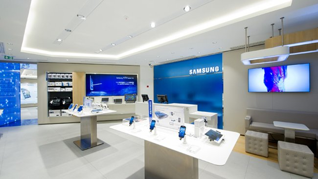 Samsung Mobile Store opens in Paris