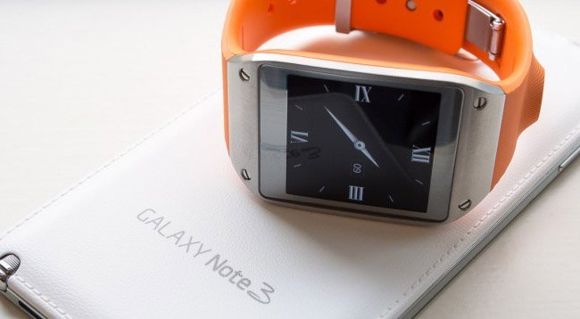Get a free Samsung Galaxy Gear with Note 3 on contract at Phones 4u